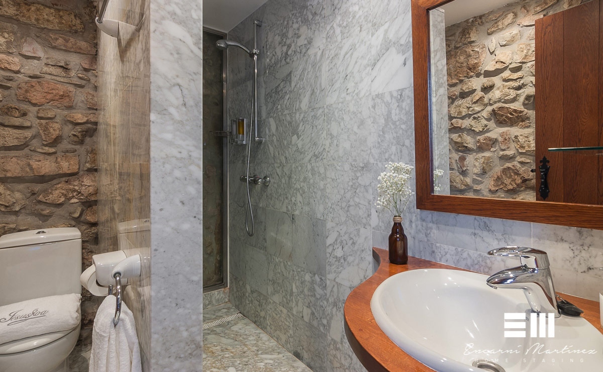 decoracion-baño-rustico